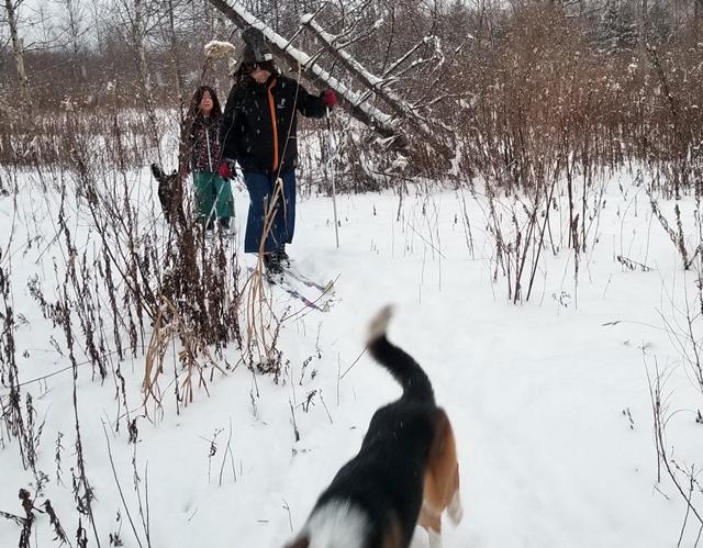 夏海先生と鈴木先生 スキーでお散歩。