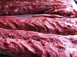 スクールのお手製食事の原料のお肉
